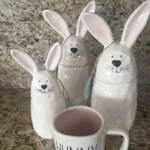 Other - ONE ceramic Bunny canister dimpled NWT! Easter